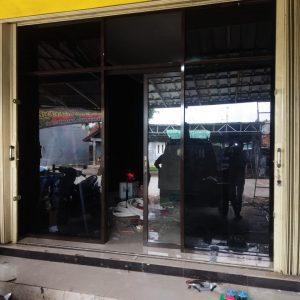 Pintu Kaca Geser Aluminium / Partisi Kaca Aluminium