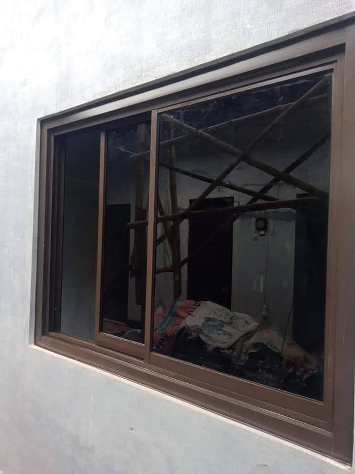 Jendela sliding aluminium